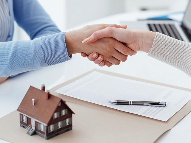 Ten Tips For Buying Property Abroad